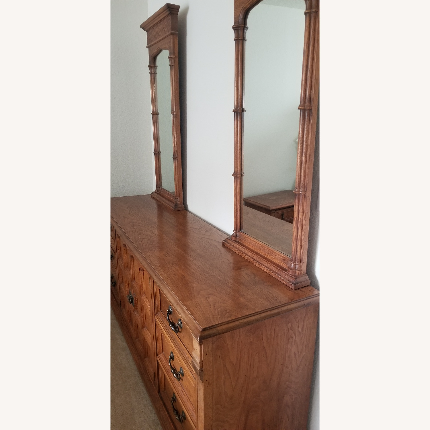 Vintage Drexel Dresser with two Large Mirrors - image-10