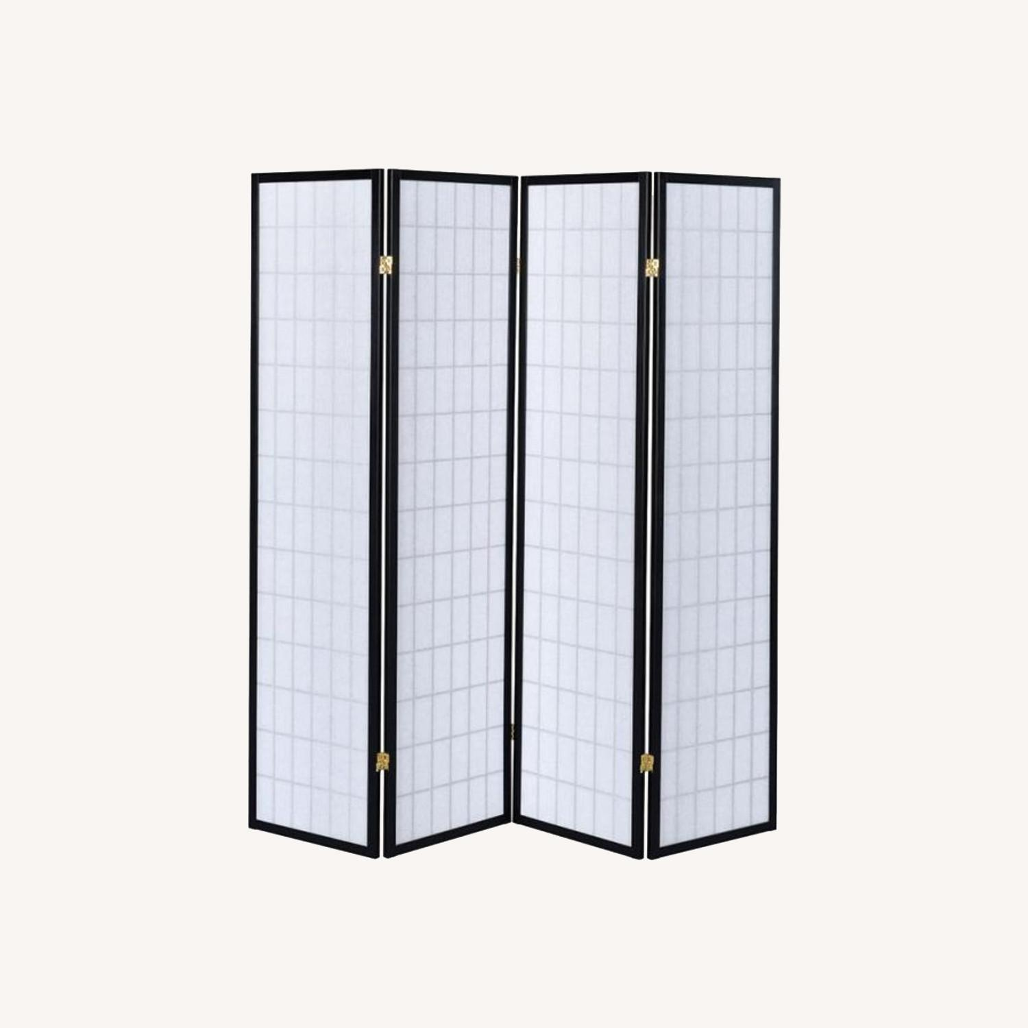 4-Panel Screen In White W/ Linear Grid Design - image-5