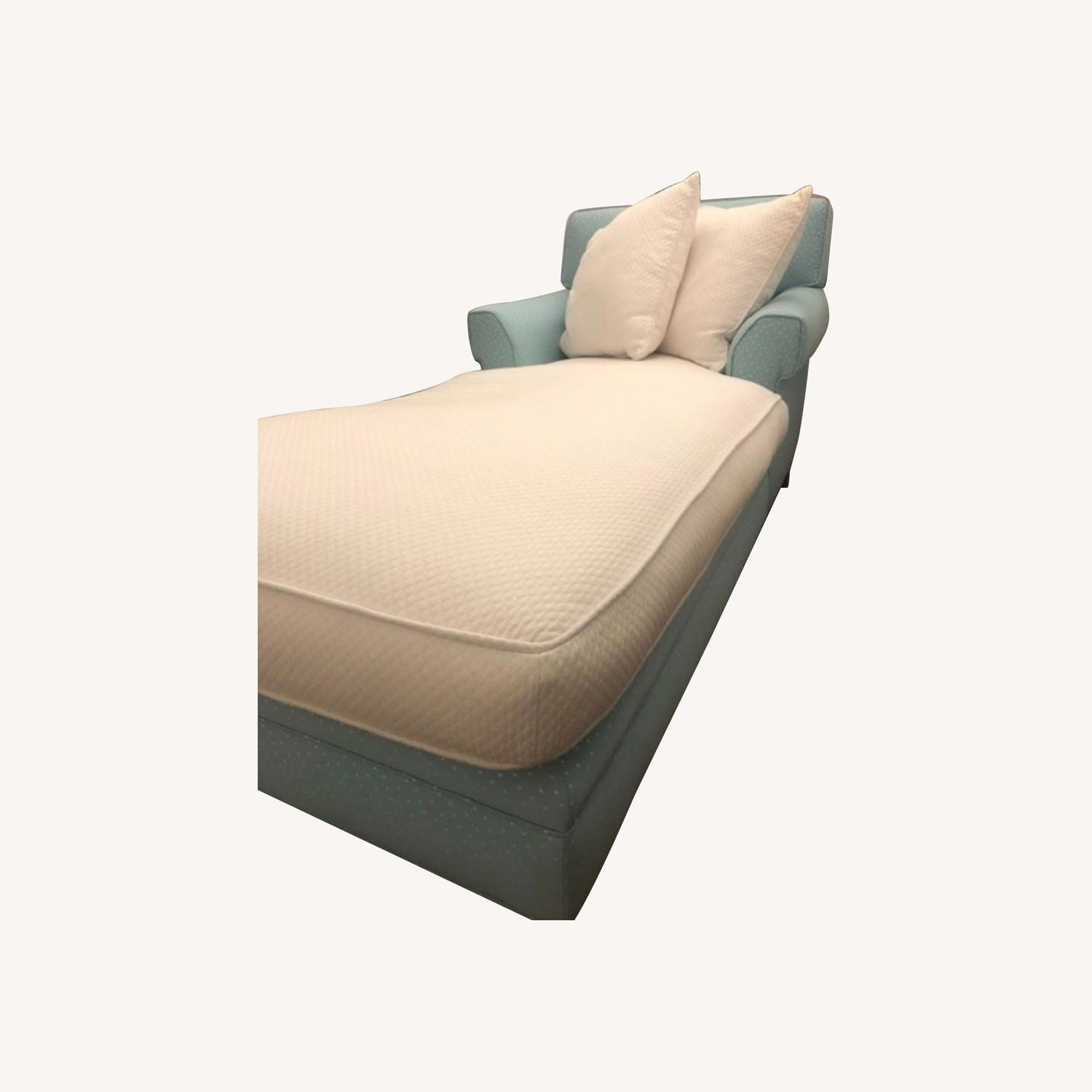 Incredibly Cozy Chaise - image-0