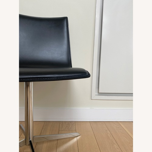 Used Alivar Leather/Chrome Swivel Dining Chair Set for sale on AptDeco