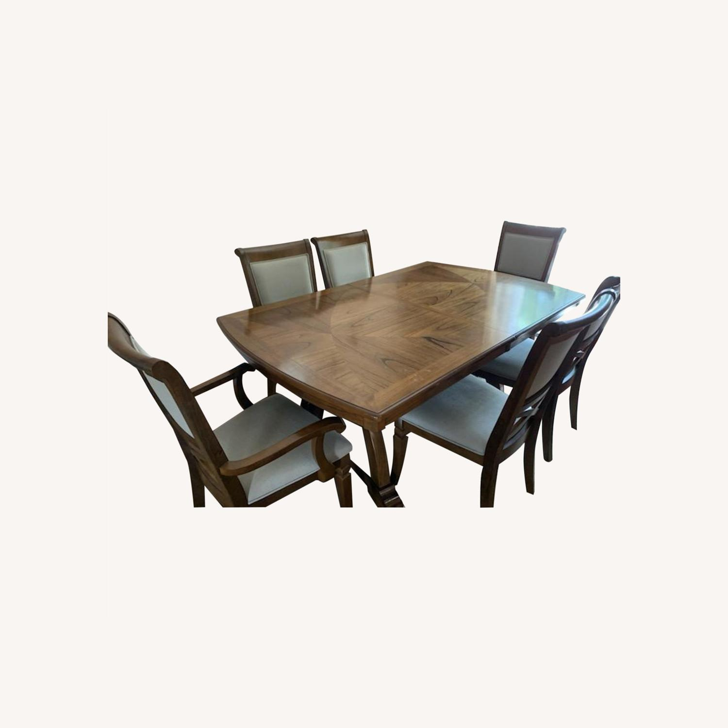 Raymour & Flanigan Dining Table set with 6 chairs - image-0