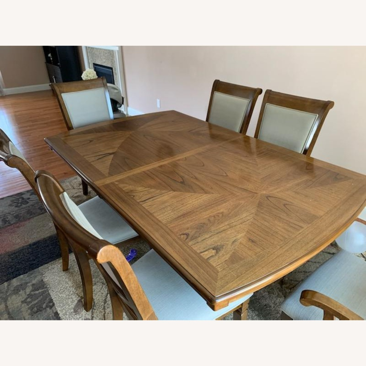 Raymour & Flanigan Dining Table set with 6 chairs - image-1