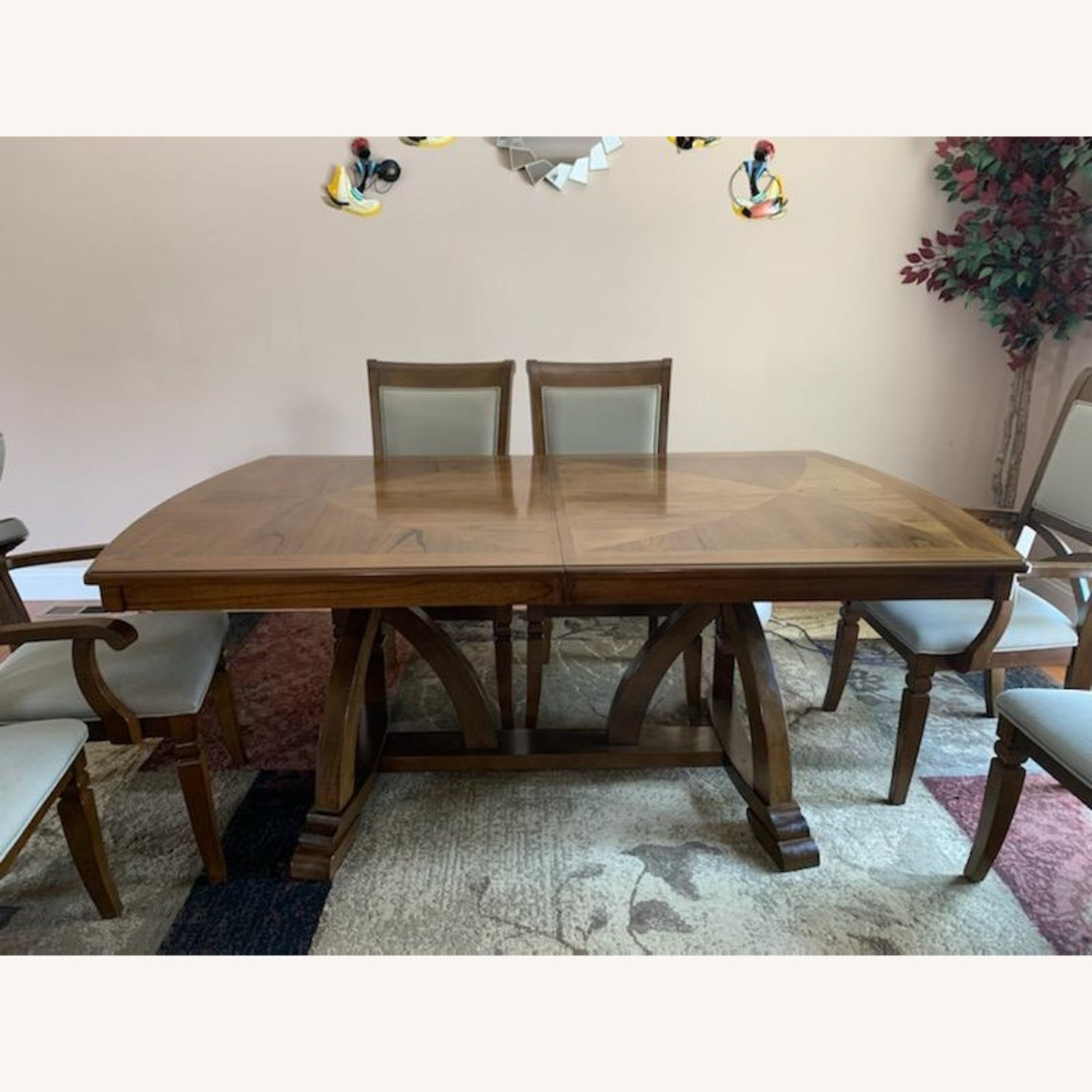 Raymour & Flanigan Dining Table set with 6 chairs - image-6