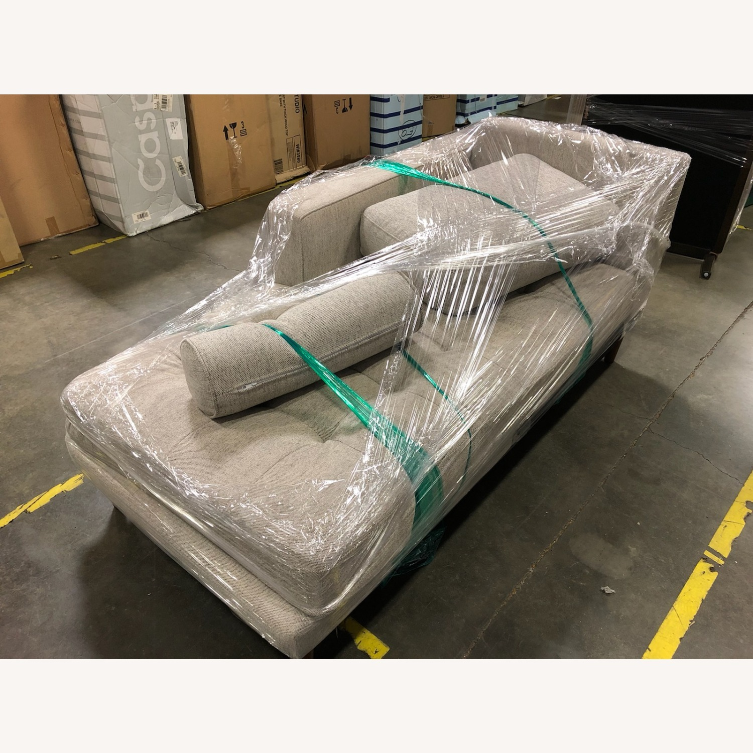 Oliver Space Breuer - Right Chaise - image-2