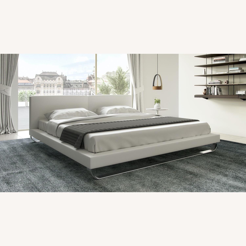 Modloft Chelsea Queen Bed - image-1