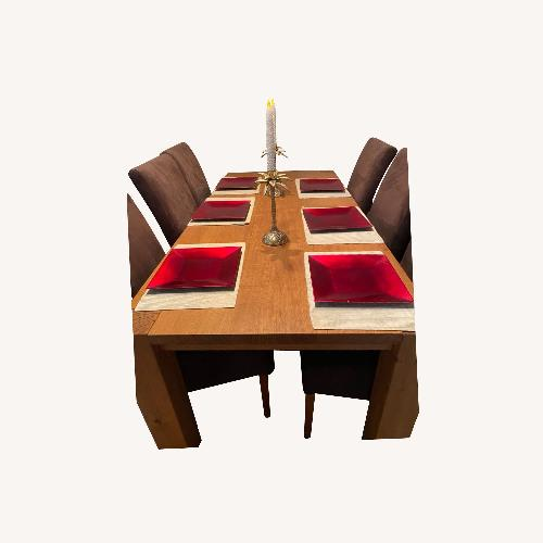 Used Solid Oak Table w/6 Chairs for sale on AptDeco
