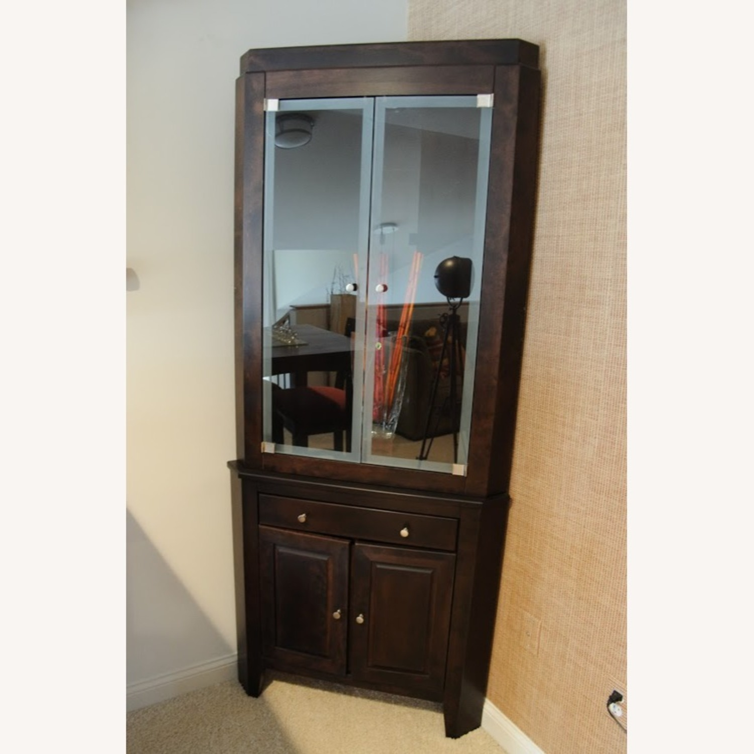 Canadel Corner Curio Cabinet with Light - image-2