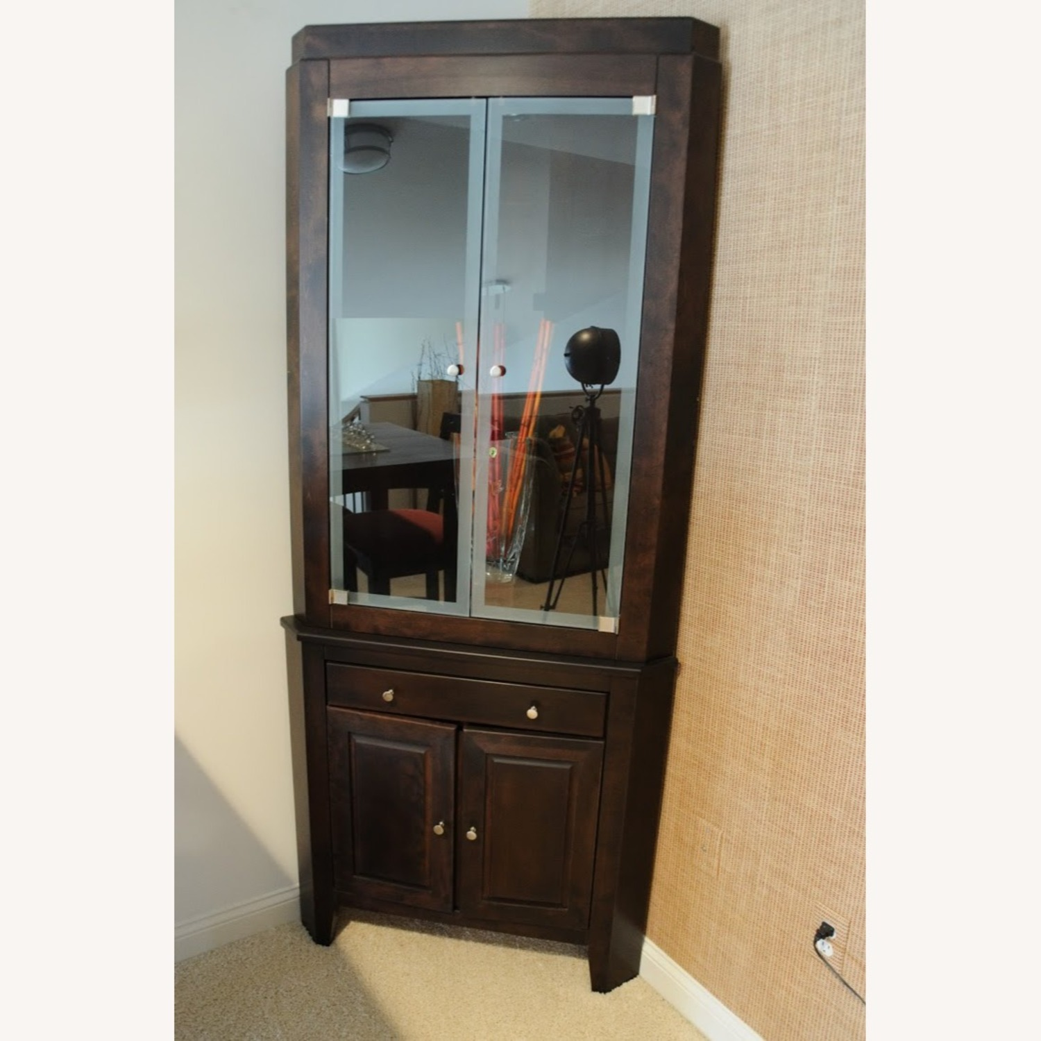 Canadel Corner Curio Cabinet with Light - image-1