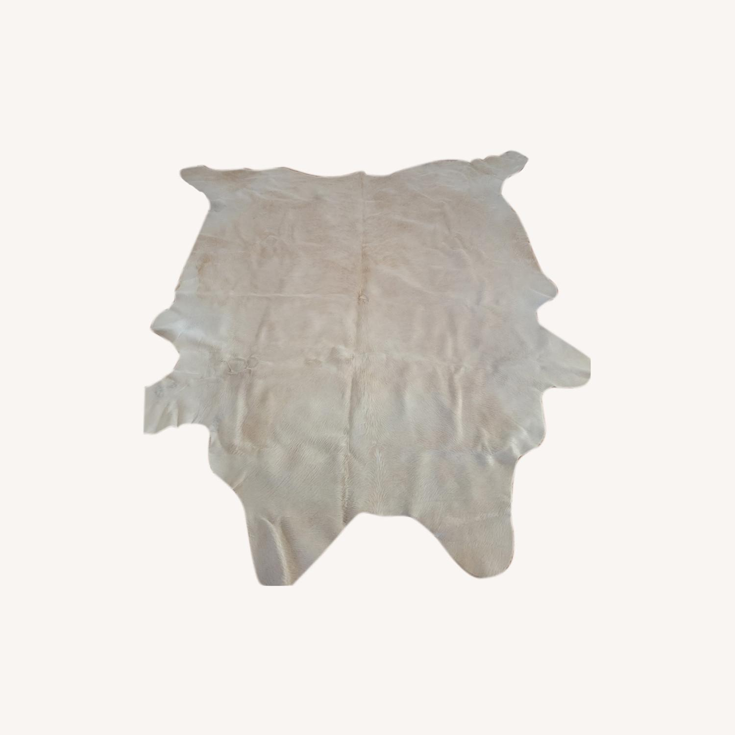Real Ivory Argentinian Cowhide Rug - image-0