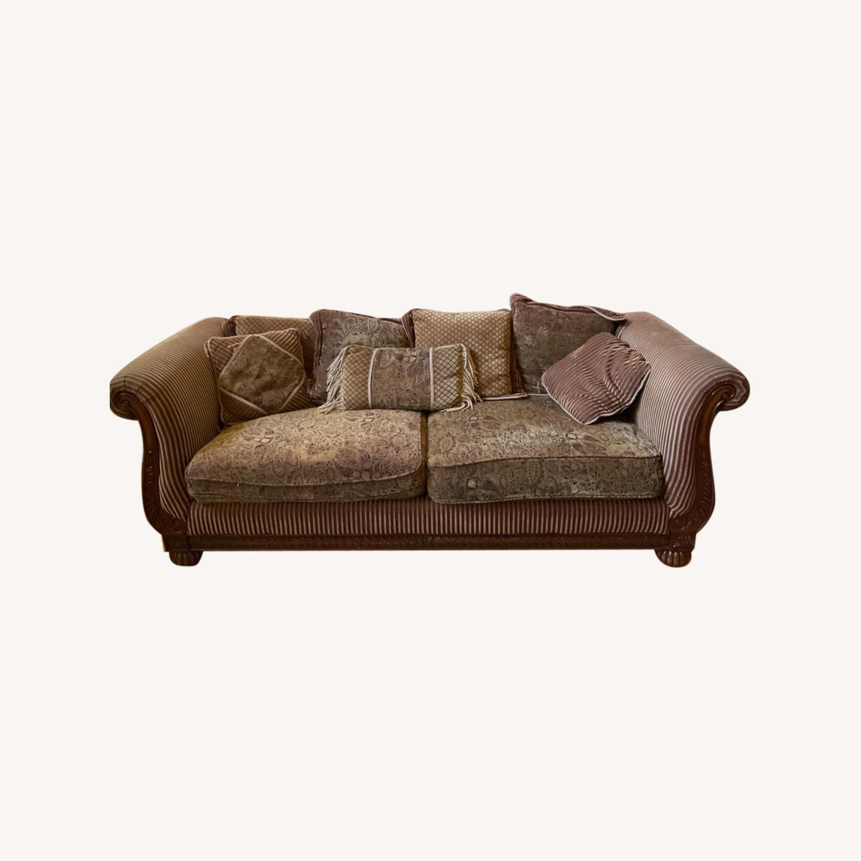 Old World Charm Sofa - image-0