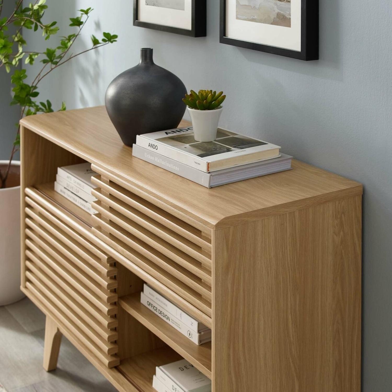 Display Stand In Oak Finish W/ Adjustable Shelf - image-5