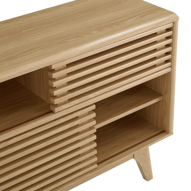 Display Stand In Oak Finish W/ Adjustable Shelf - image-3