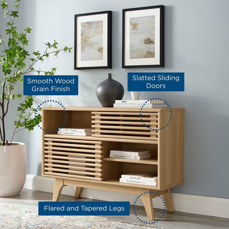 Display Stand In Oak Finish W/ Adjustable Shelf - image-6