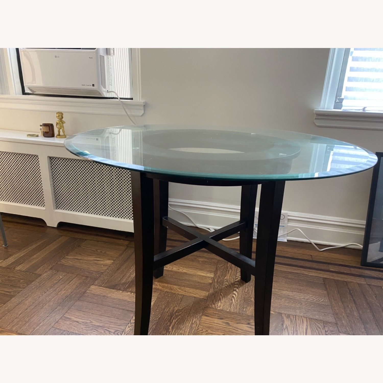 42 Glass Table - 2 Pieces - image-1