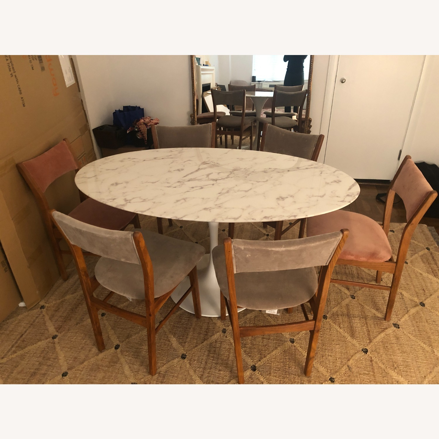 """Mid Century Modern 60"""" Oval Marble Dining Table - image-3"""