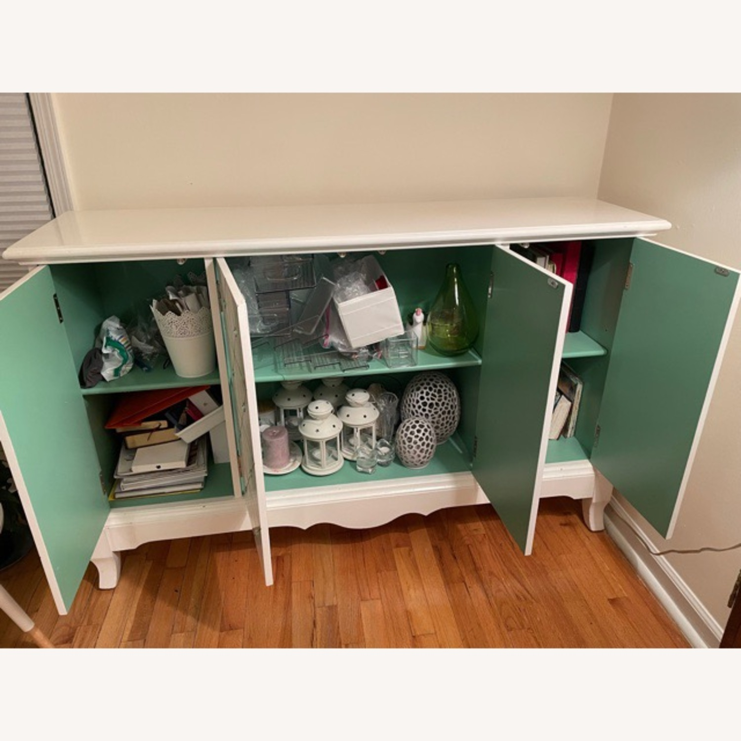 White and Gold Hutch/Media Cabinet - image-5