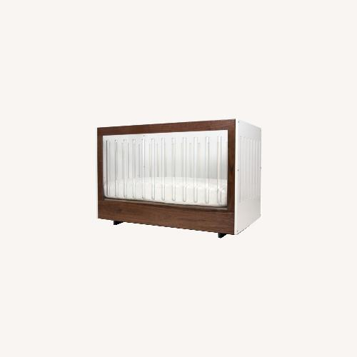 Used Spot On Square Roh Crib + Conversion Kit for sale on AptDeco