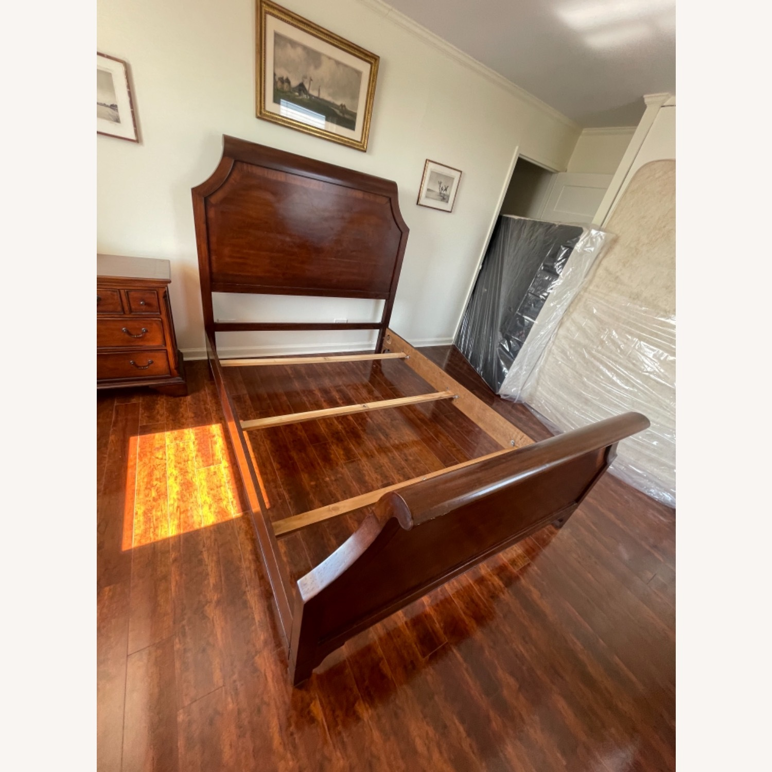 Sold Wood Inlaid Queen Size Bed - image-6
