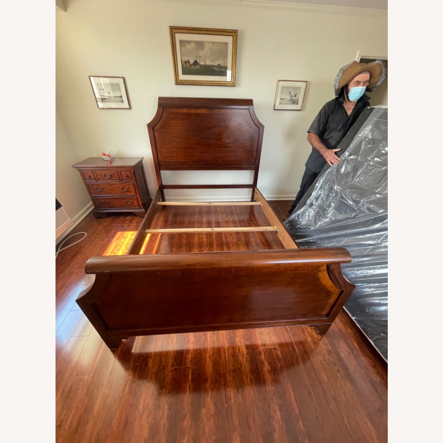 Sold Wood Inlaid Queen Size Bed - image-2