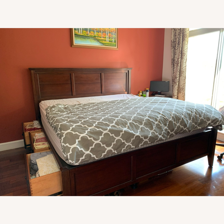 Raymour & Flanigan Westlake Storage Platform Bed - image-2