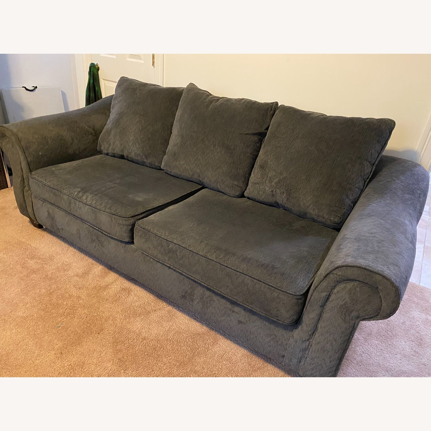 Rooms To Go Sofa Bed - image-1