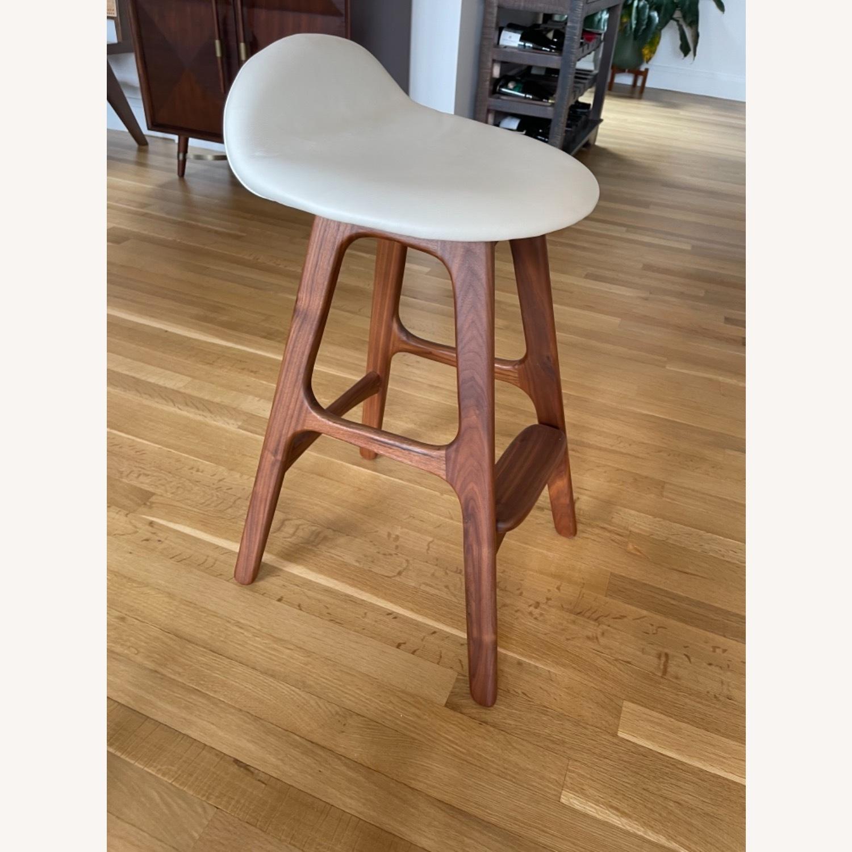 Organic Modernism White Saddle Stool Set - image-4