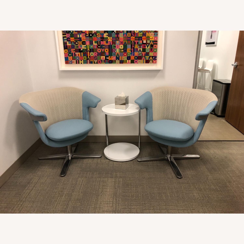 Steelcase 2 i2i Chairs - image-2