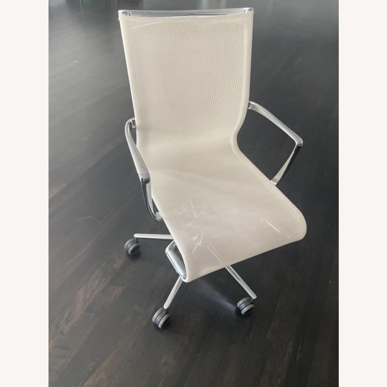Moroso Alias Rolling Frame + Tilt 47 Chair - image-2