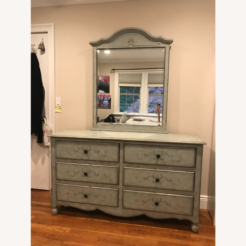 Used Fortunoff 6 Drawer Dresser with Mirror for sale on AptDeco