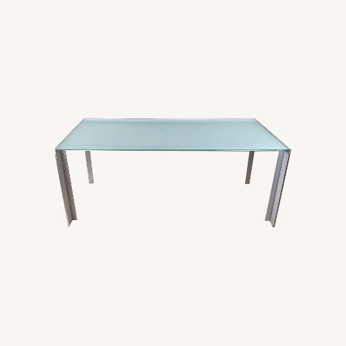 Used STUA Deneb Glass Table for sale on AptDeco