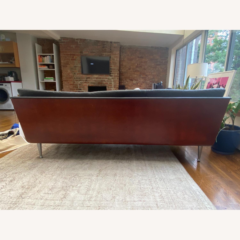 Herman Miller Goetz Couch - image-5
