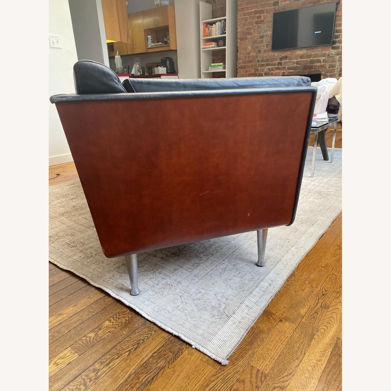 Herman Miller Goetz Couch - image-6