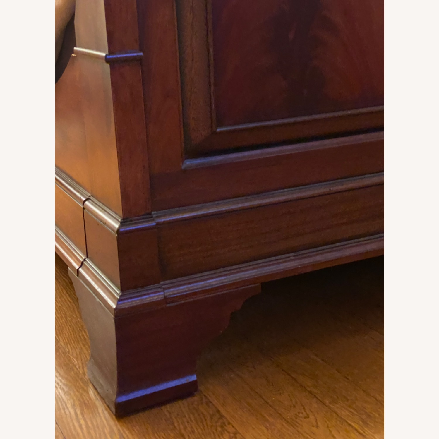 Ethan Allen King Mahogany Sleigh Bed - image-4
