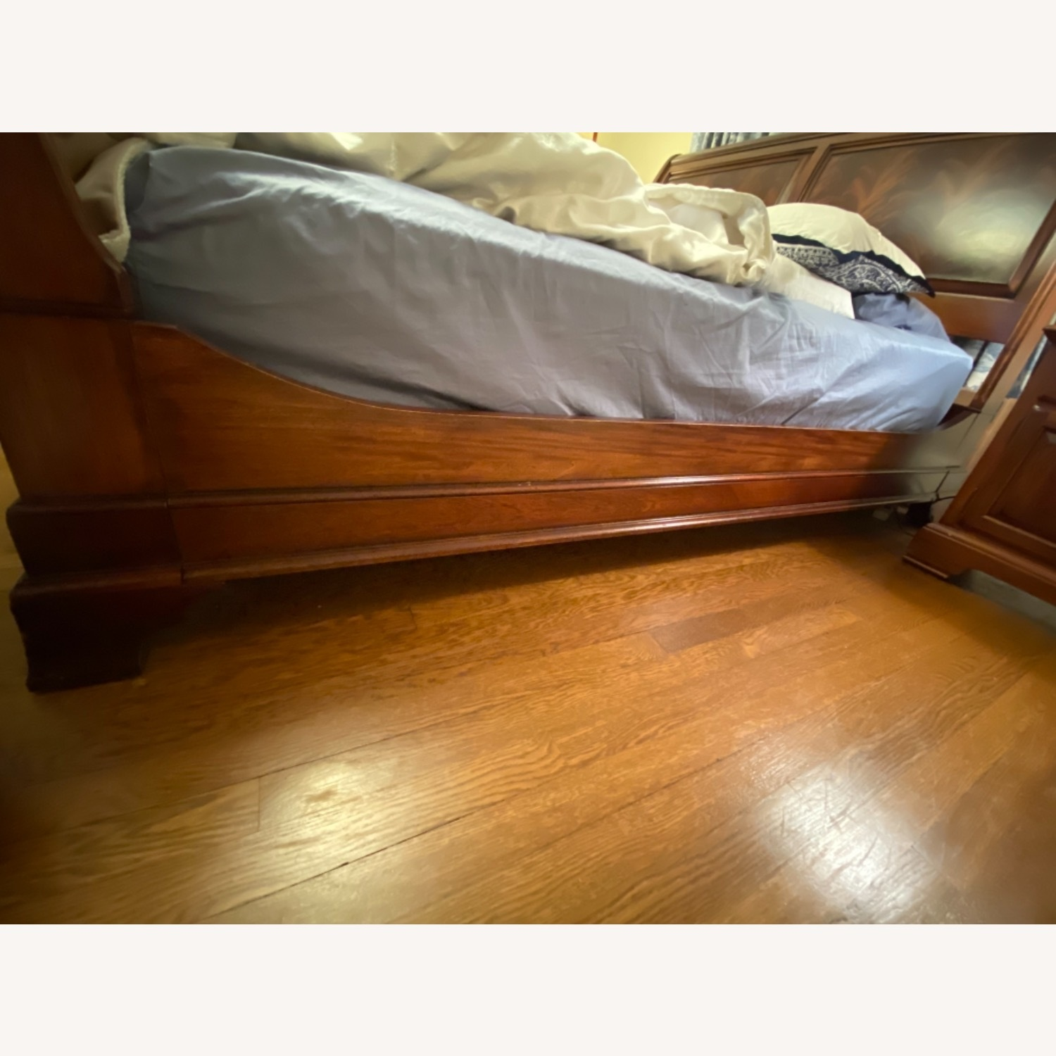 Ethan Allen King Mahogany Sleigh Bed - image-3