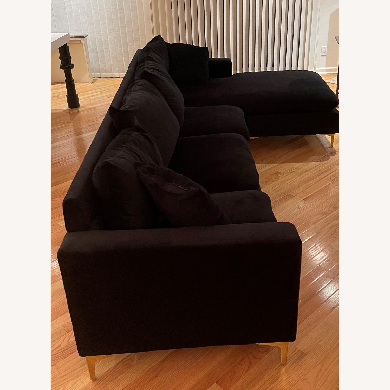Mercers Furniture Modern Sectional - image-3