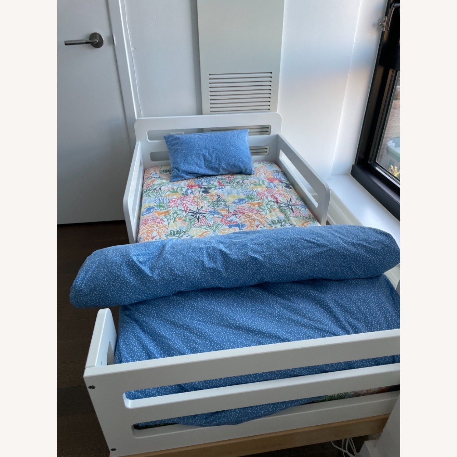 Oeuf Classic Toddler Bed - image-4