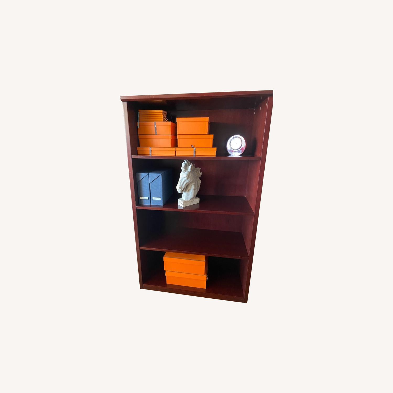 Bookcase, Mahogany-Cherry 3 Shelves - image-0