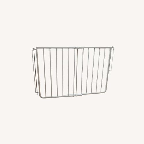 Used Cardinal Gates Stairway Special Safety Baby Gate for sale on AptDeco