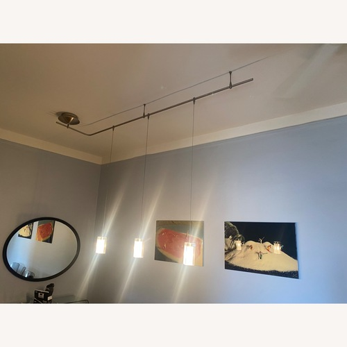 Used Tech Lighting Monorail with 3 lights for sale on AptDeco