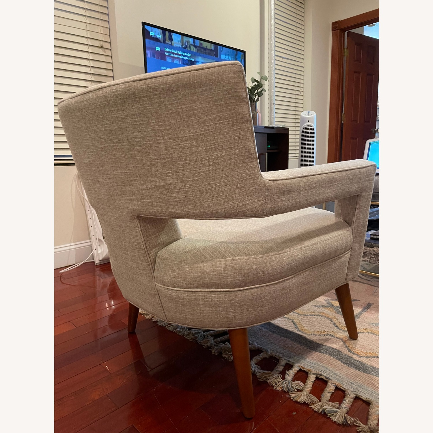Modway Tufted Armchair - image-4