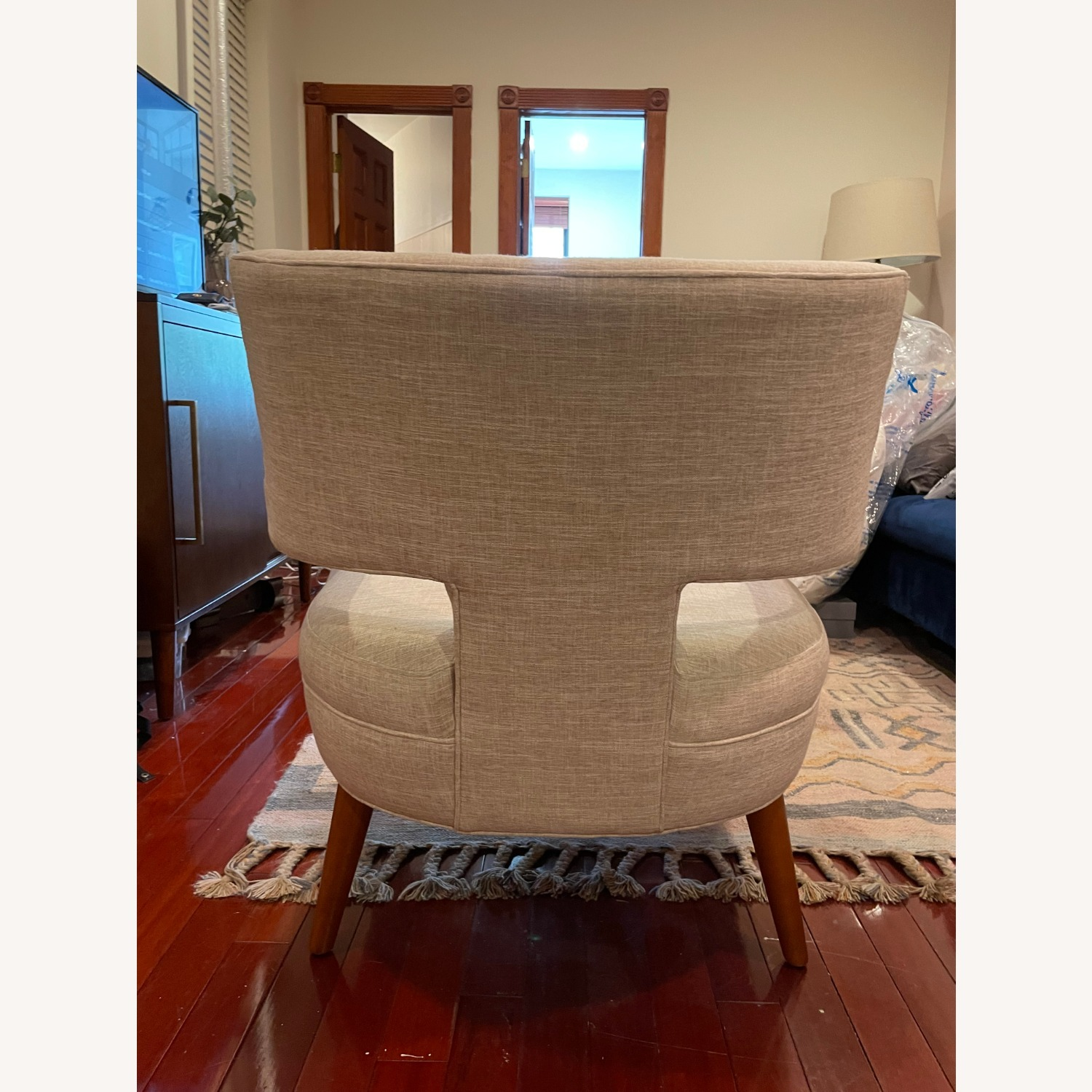 Modway Tufted Armchair - image-5