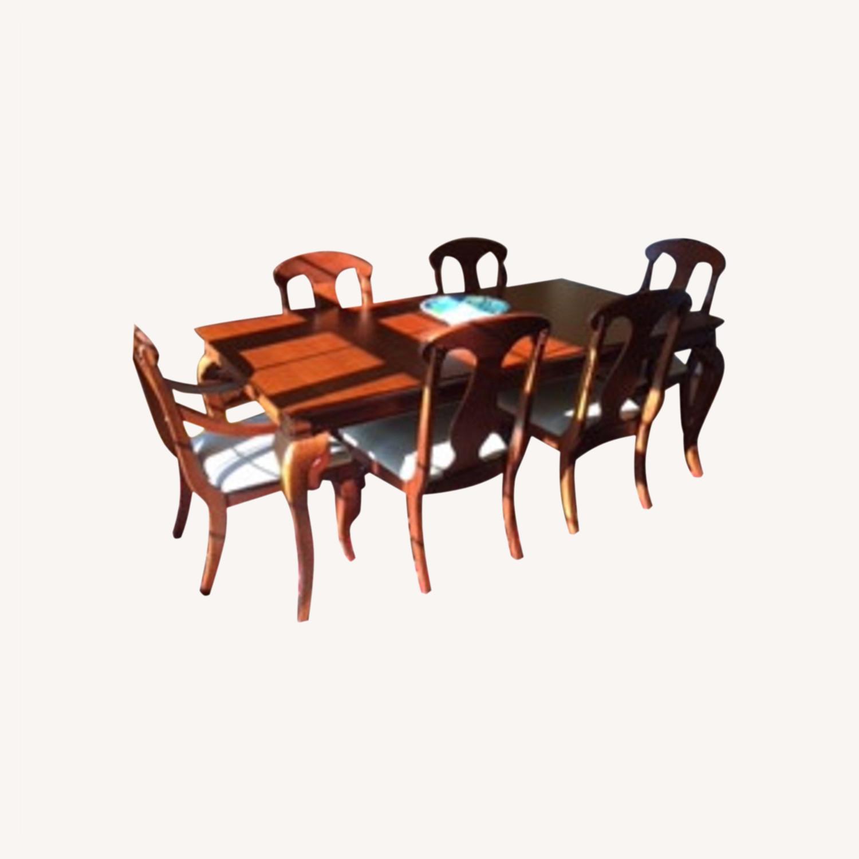 Ellis Brothers Dinnig Room Set in Solid Cherry Wood - image-0