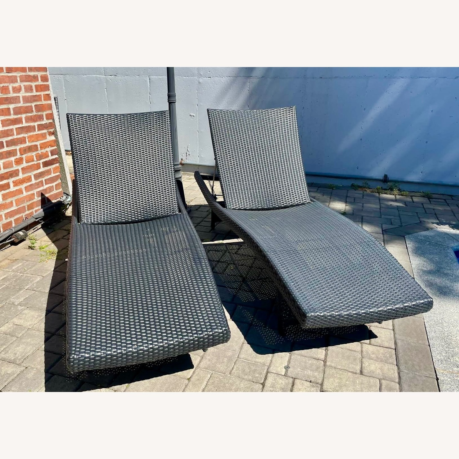 Original Balencia Black Chaise Lounges, Set of Two - image-2