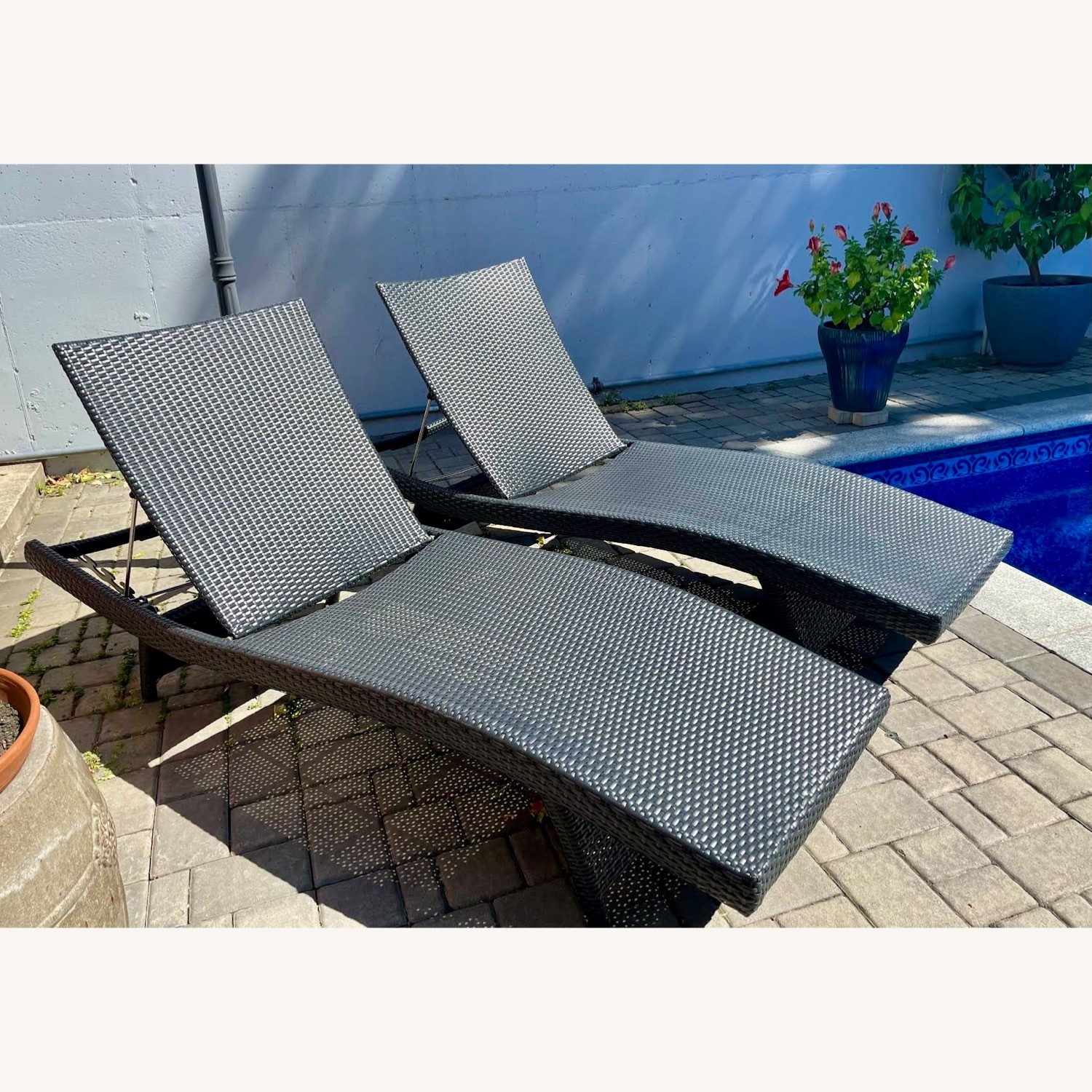 Original Balencia Black Chaise Lounges, Set of Two - image-1