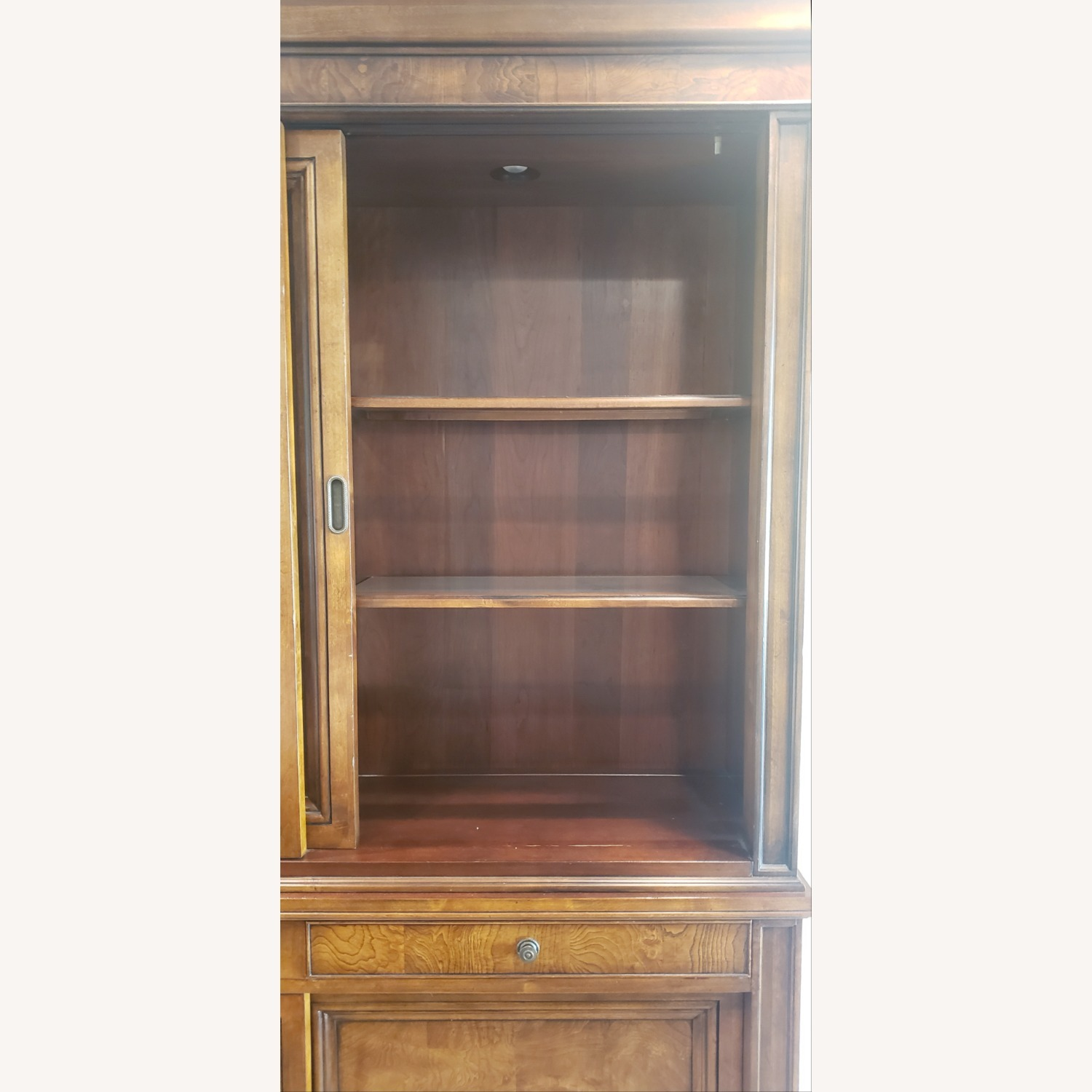Ethan Allen Townhouse China Cabinet - image-4