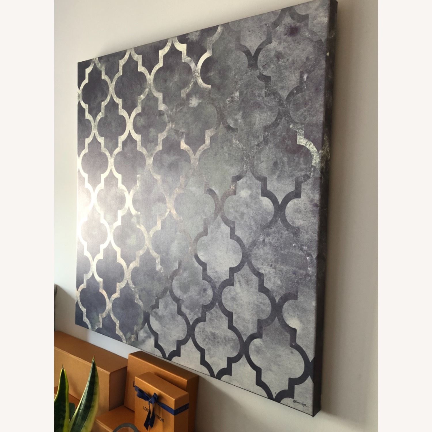 Gray Oliver Gal Canvas Art - image-3