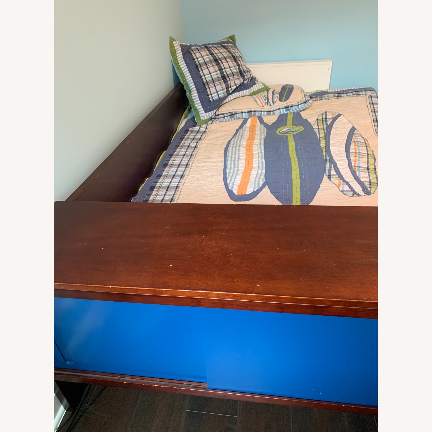 Twin Bed - Great Design - Built in Storage - image-2