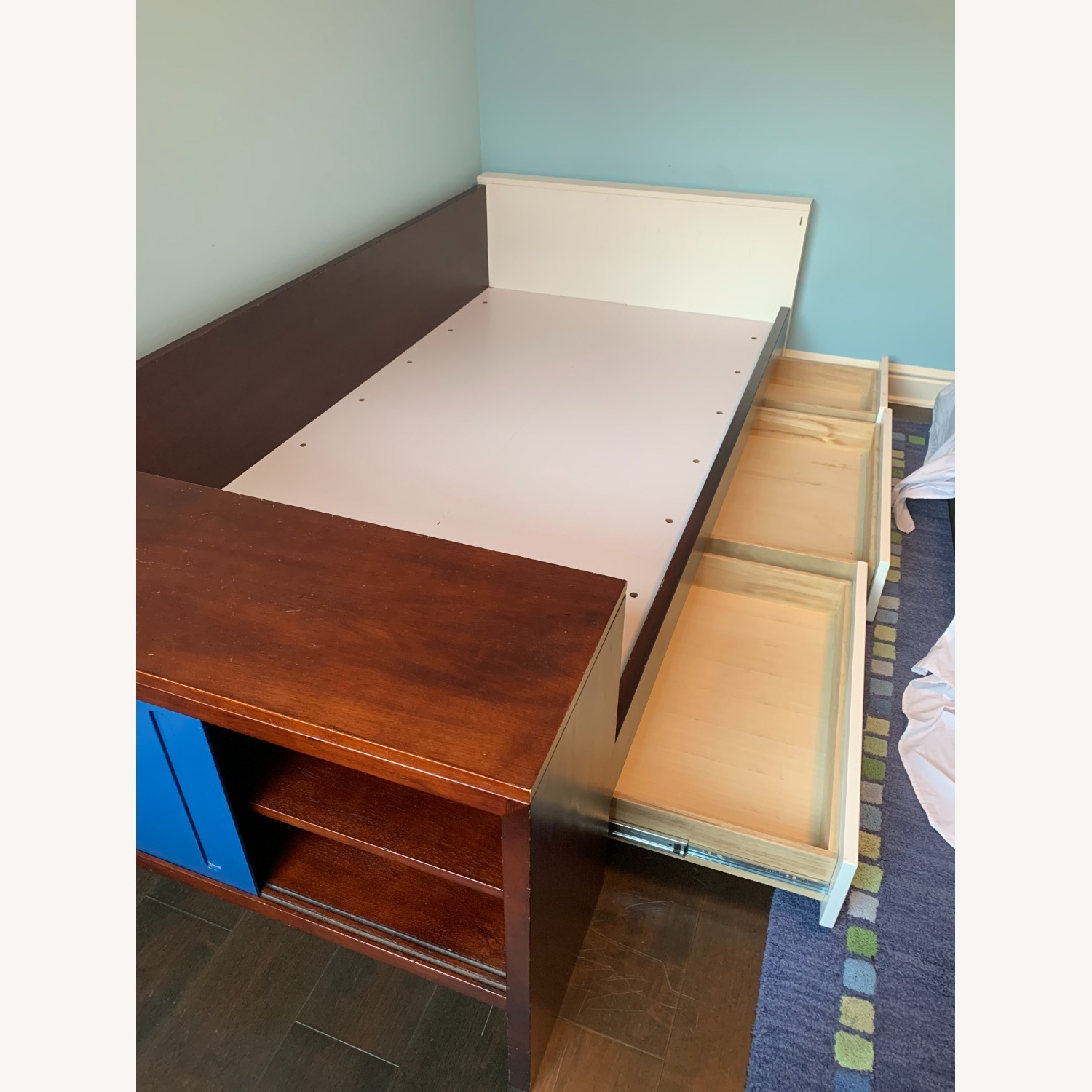 Twin Bed - Great Design - Built in Storage - image-5