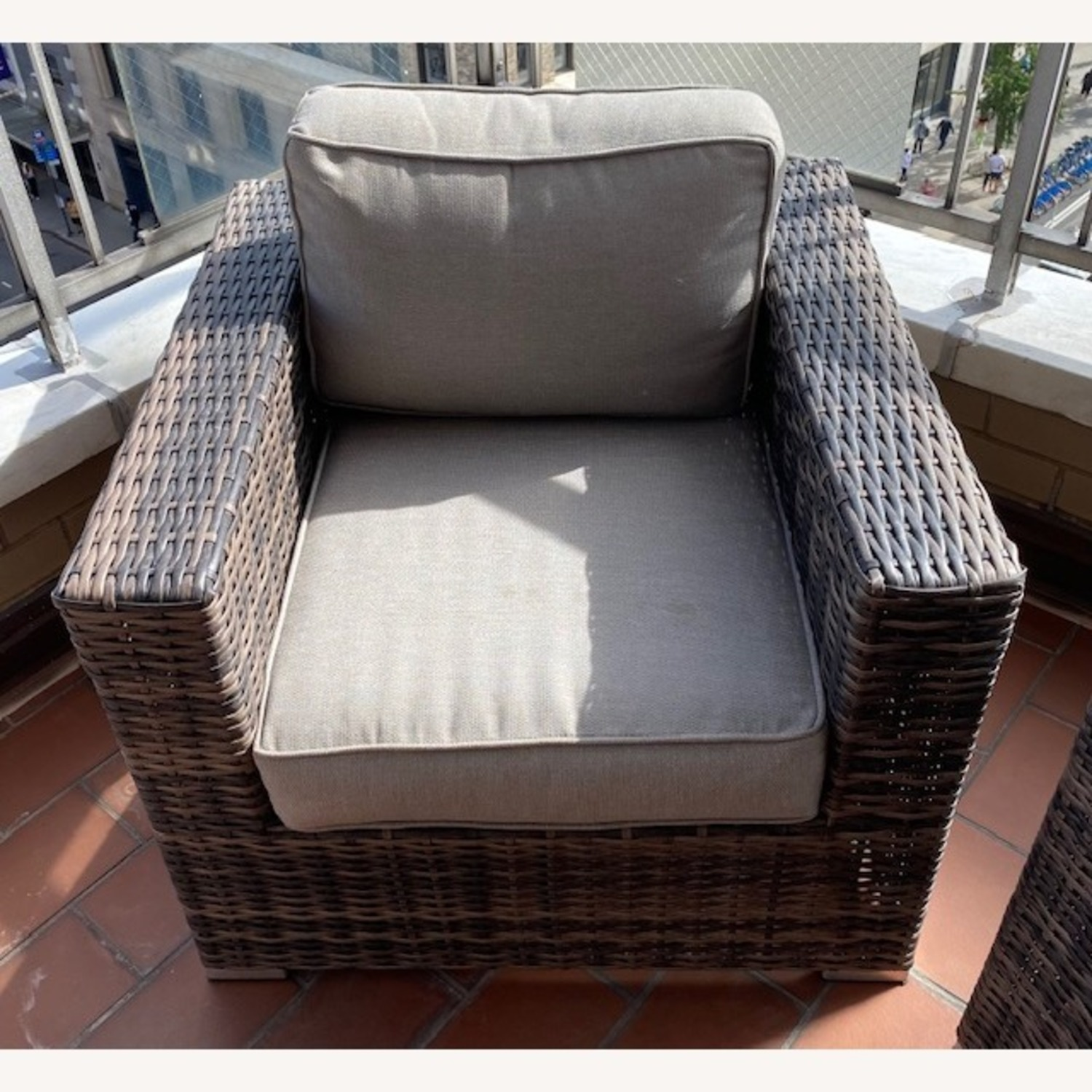 Modern Outdoor Lounge Chairs - image-2