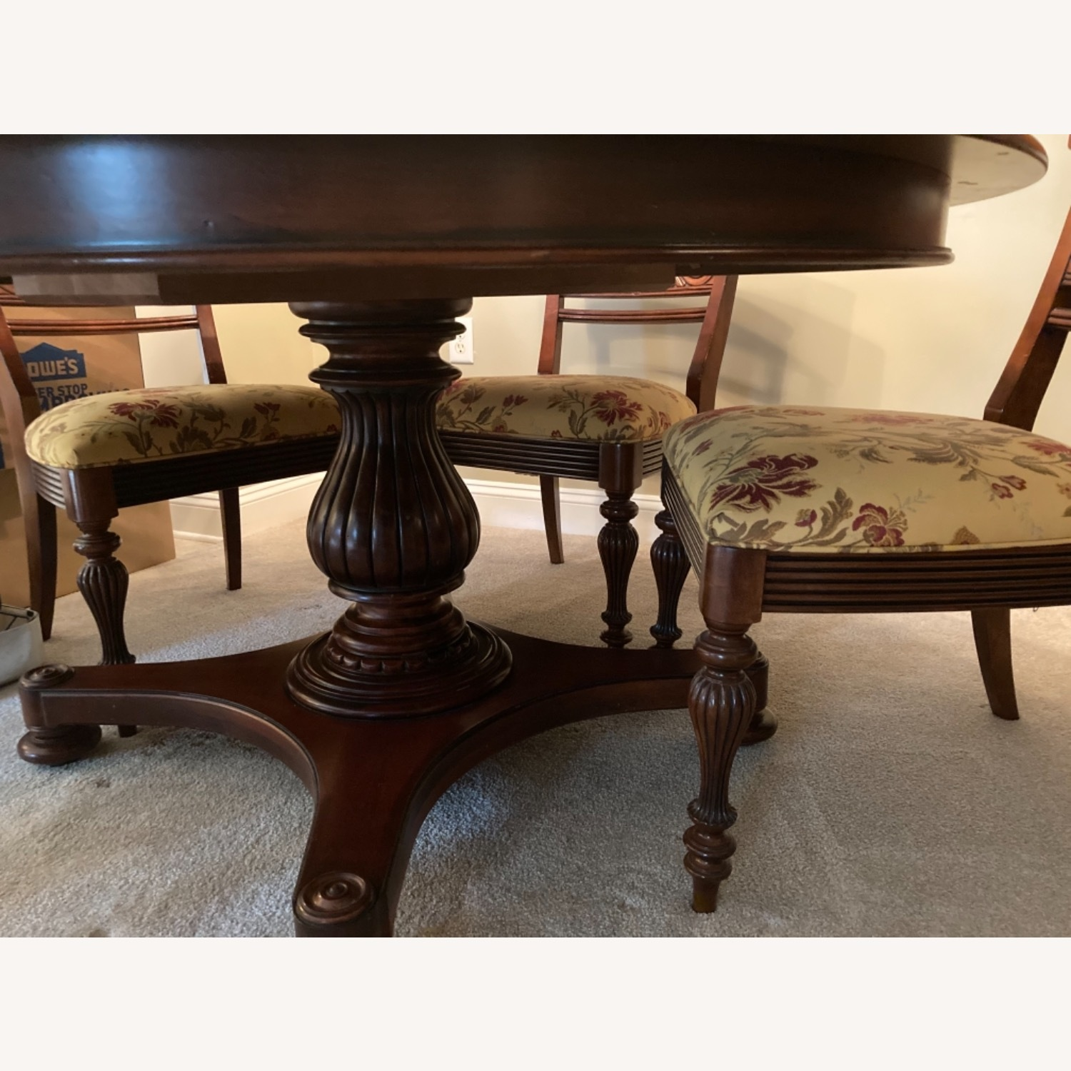 Ethan Allen Dining Room Table With 5 Chairs - image-3